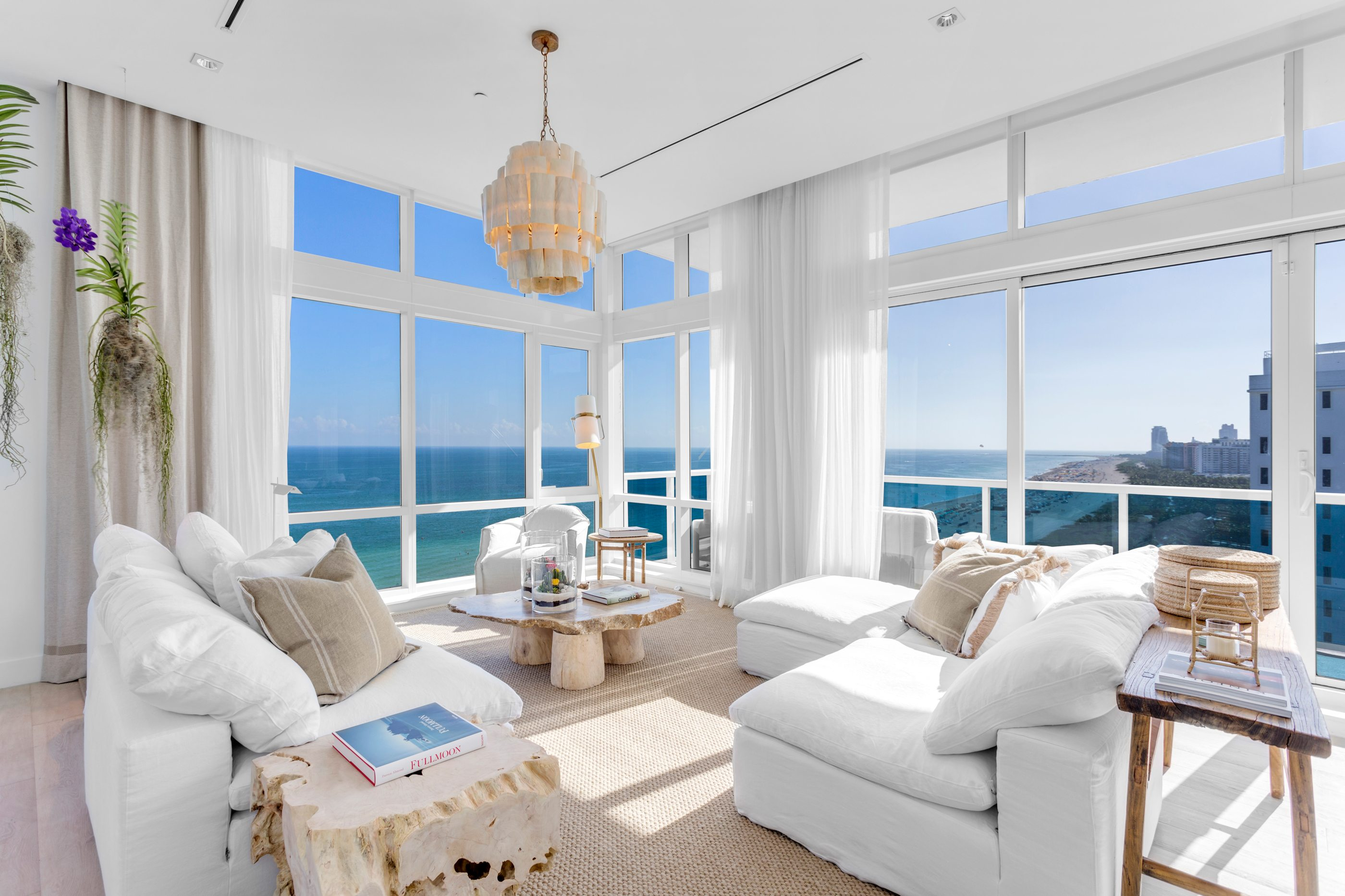 1 Homes South Beach Penthouse