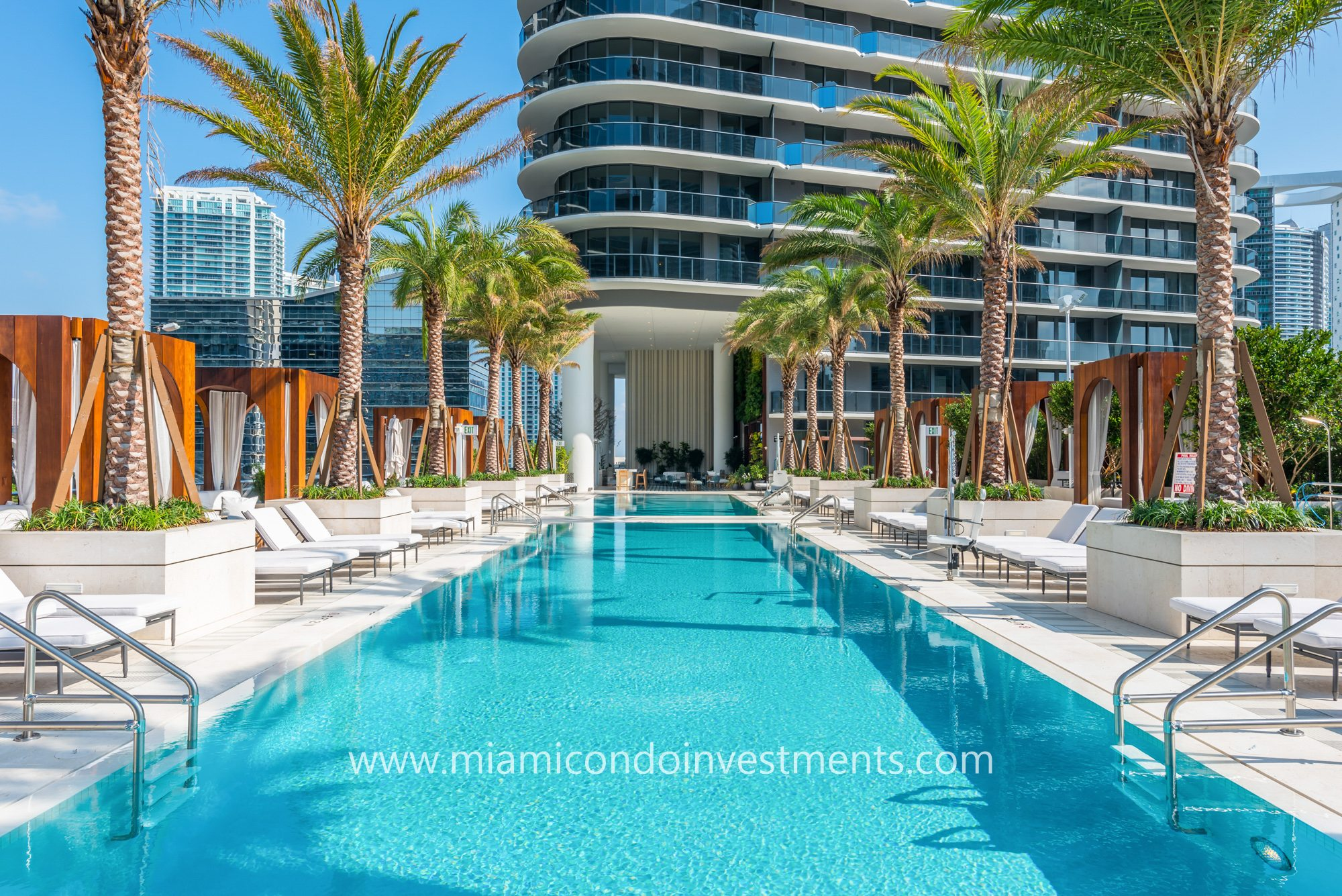 swimming pool at SLS Lux Brickell