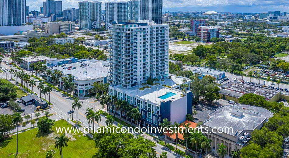 1800 Biscayne Plaza condominium