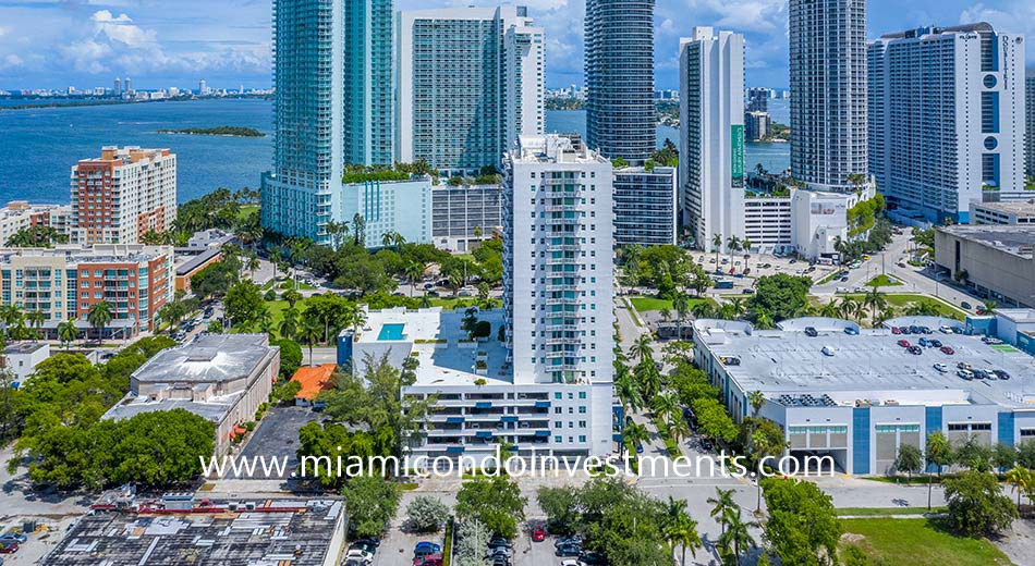 aerial photo of 1800 Biscayne Plaza