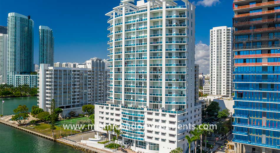 New Wave in Edgewater Miami
