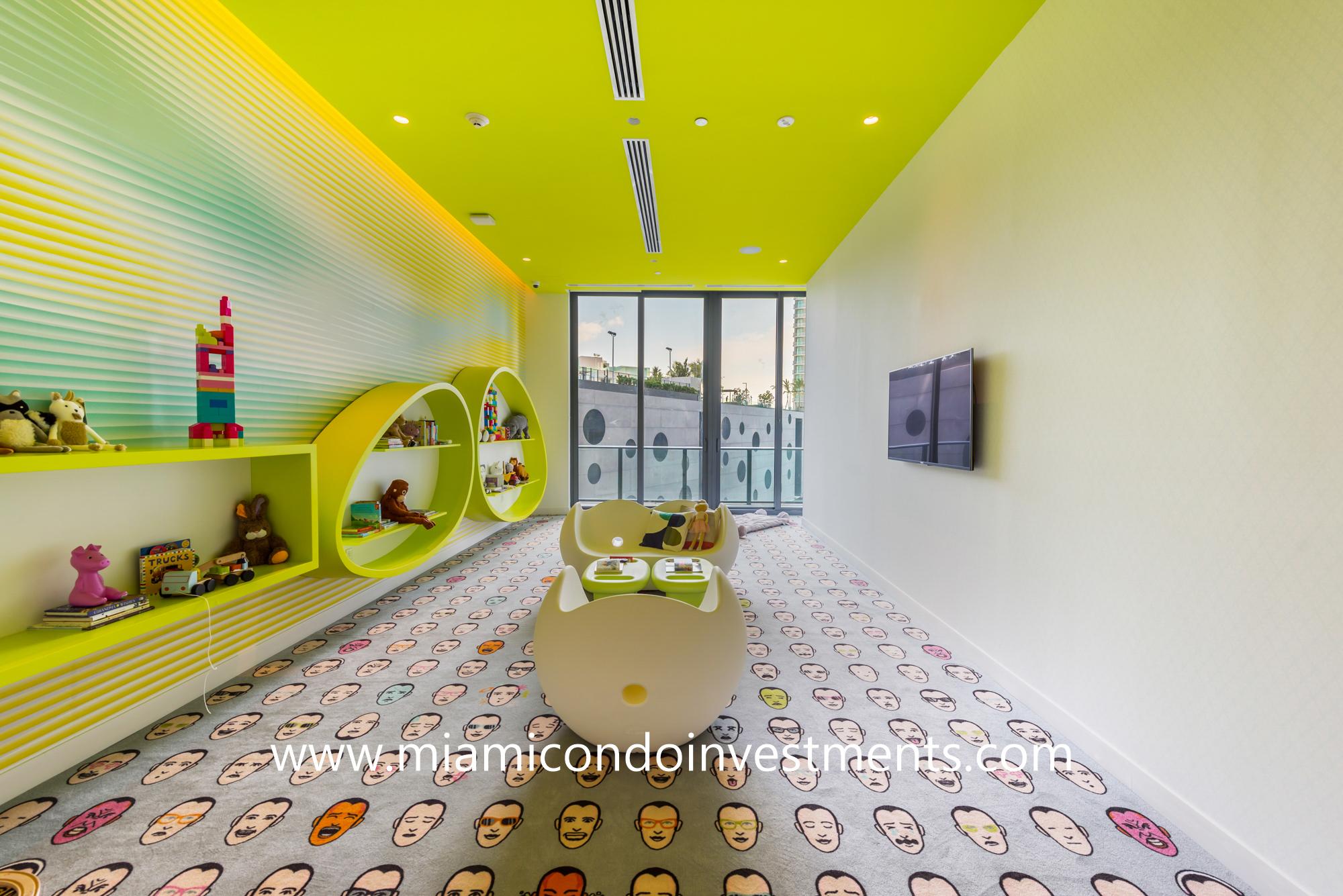 children's playroom at Paraiso Bayviews