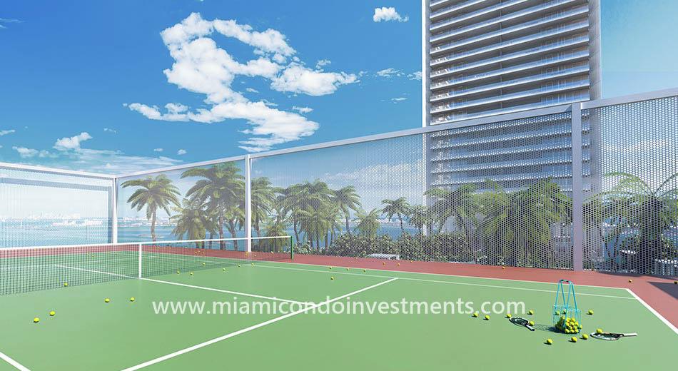 Missoni Baia tennis court