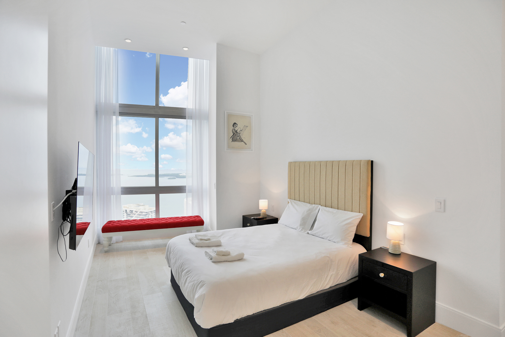 second bedroom with water view