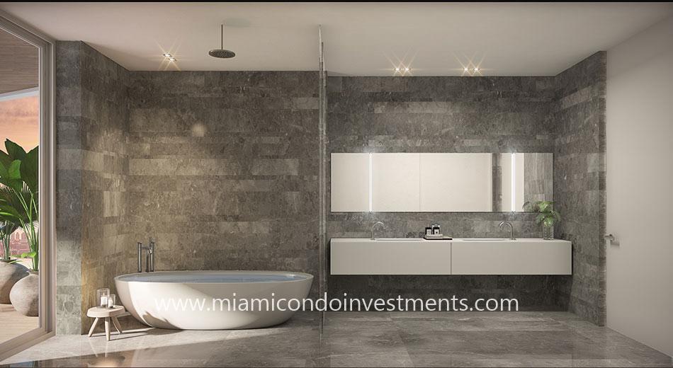Monaco Yacht Club master bathroom