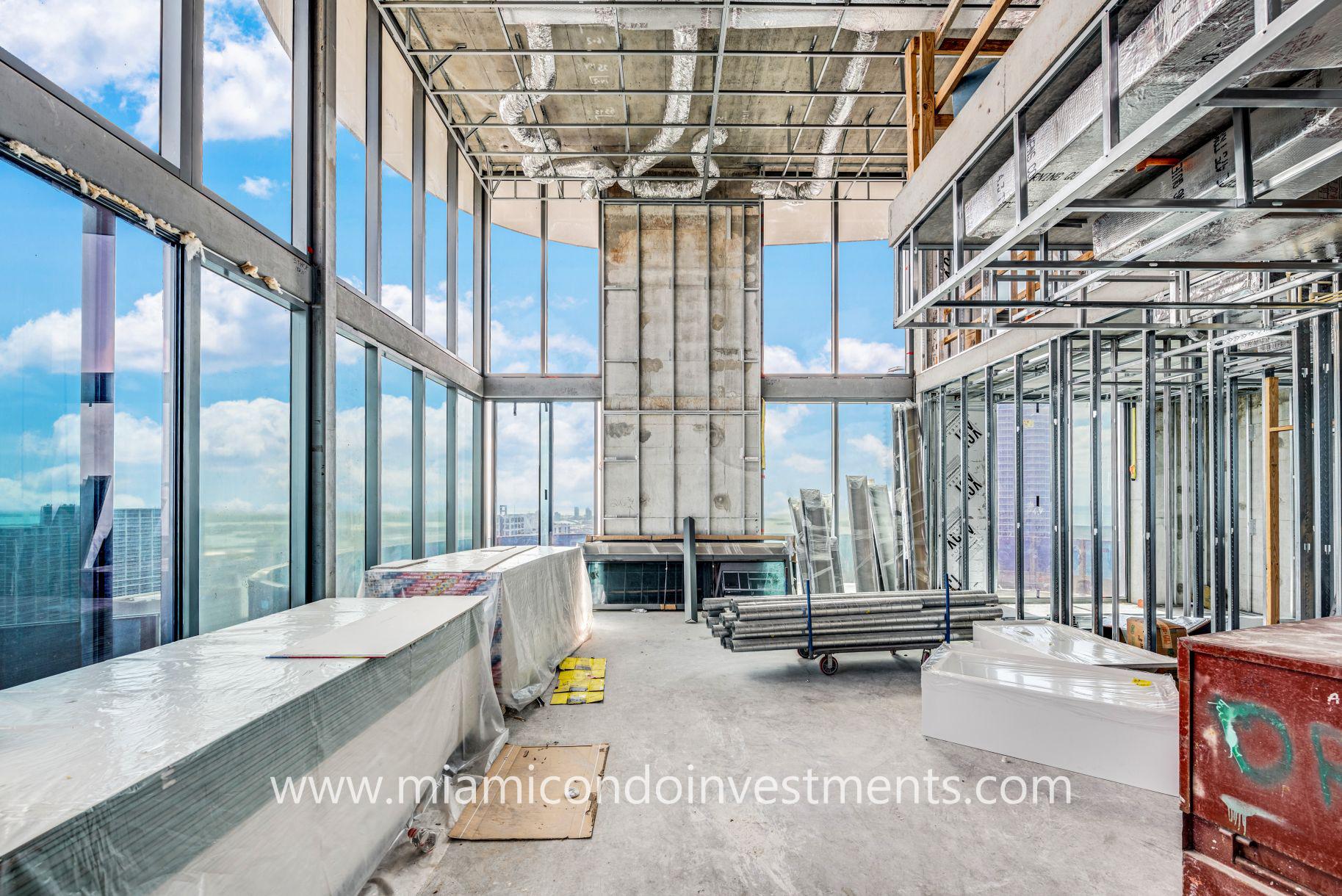 Brickell Flatiron Upper Penthouse 06
