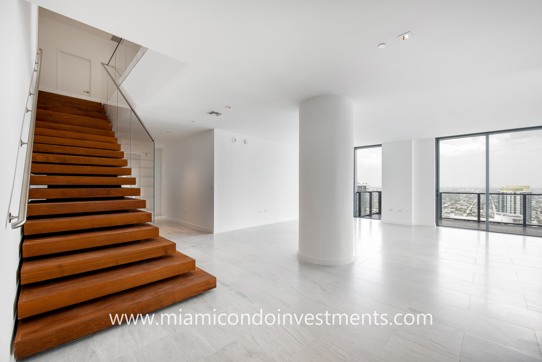 two-story penthouse at Reach Brickell City Centre