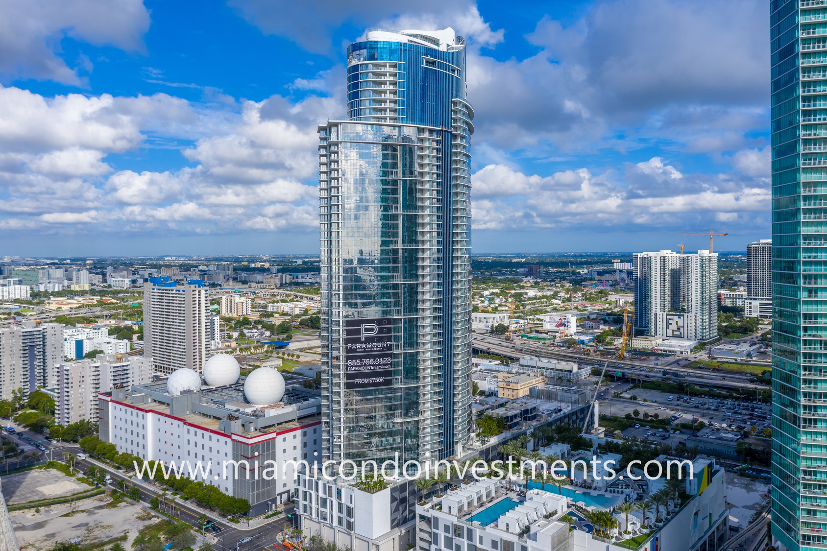 Paramount Miami Worldcenter aerial photo