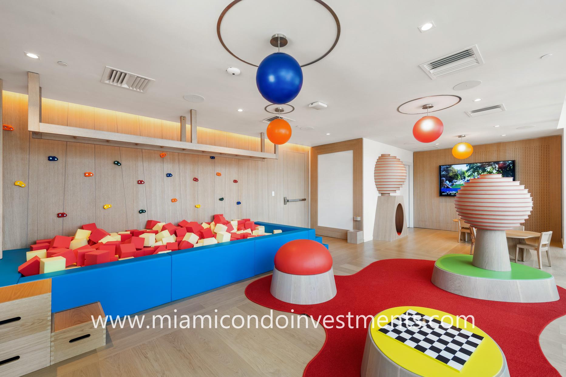 Brickell Flatiron children's playroom and game room