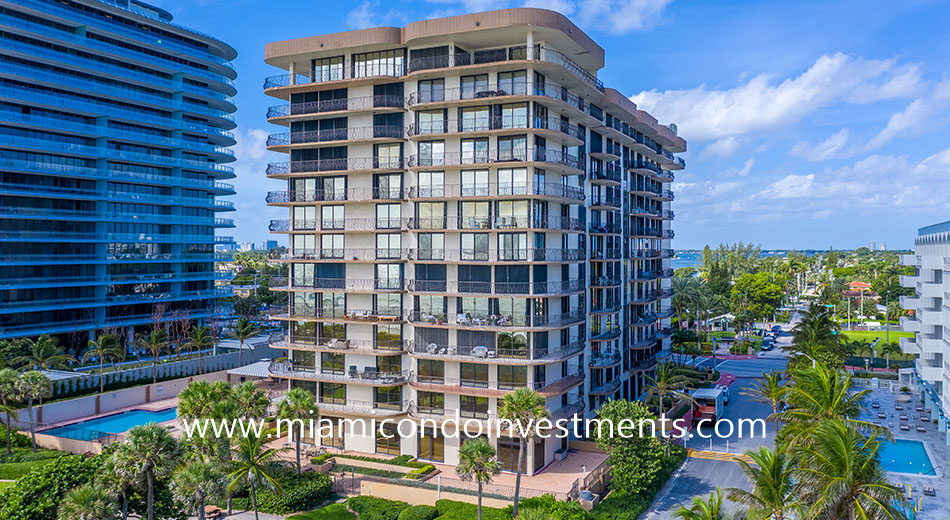 Champlain Towers South condominium