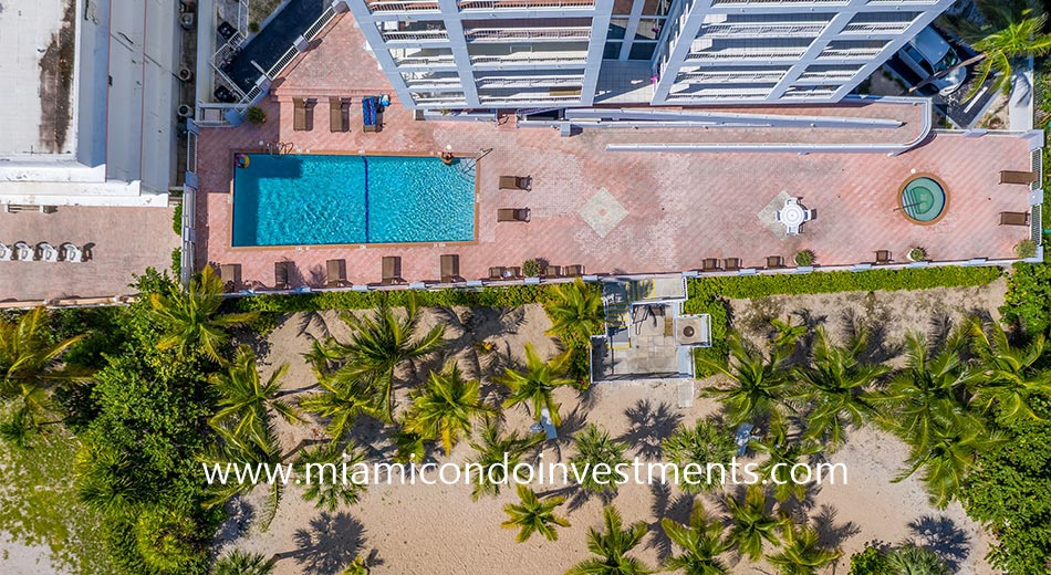 aerial view of Marbella pool and hot tub