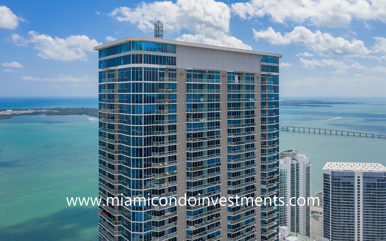 Panorama Tower tallest building in Miami