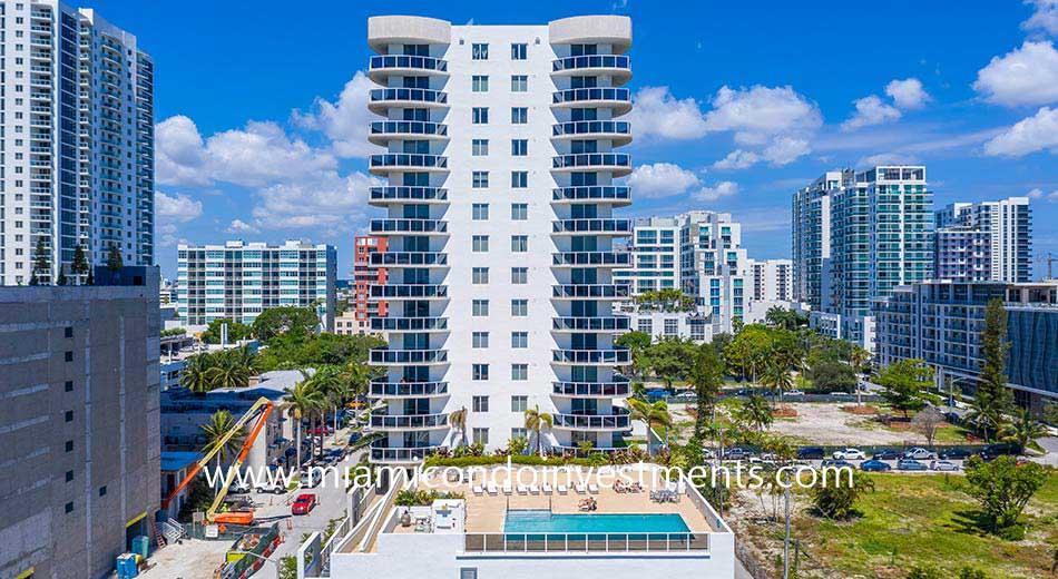 23 Biscayne Bay condominium