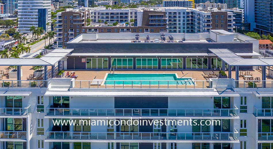 26 Edgewater rooftop sundeck