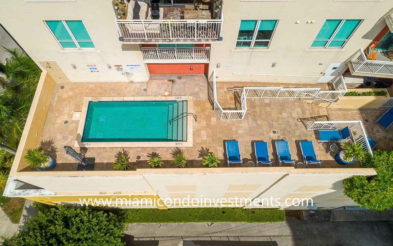 Uptown Lofts pool deck