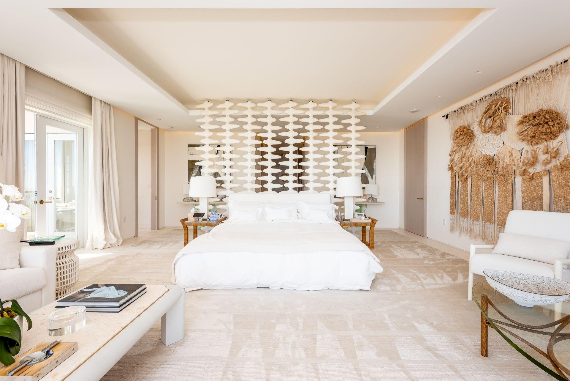 Oceanside PH7292 master bedroom with direct ocean views