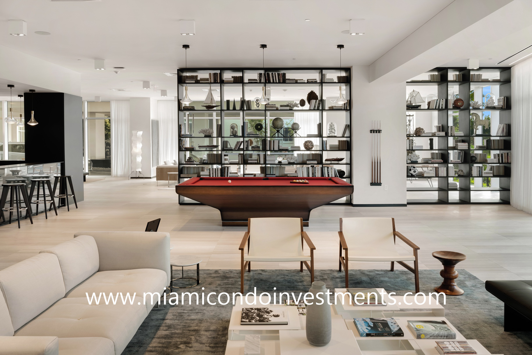 Ritz-Carlton Residences Miami Beach social room