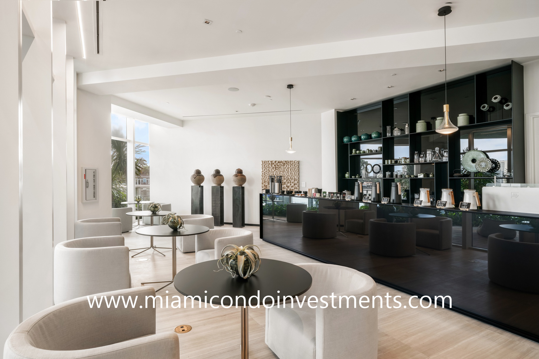 Ritz-Carlton Residences Miami Beach coffee bar