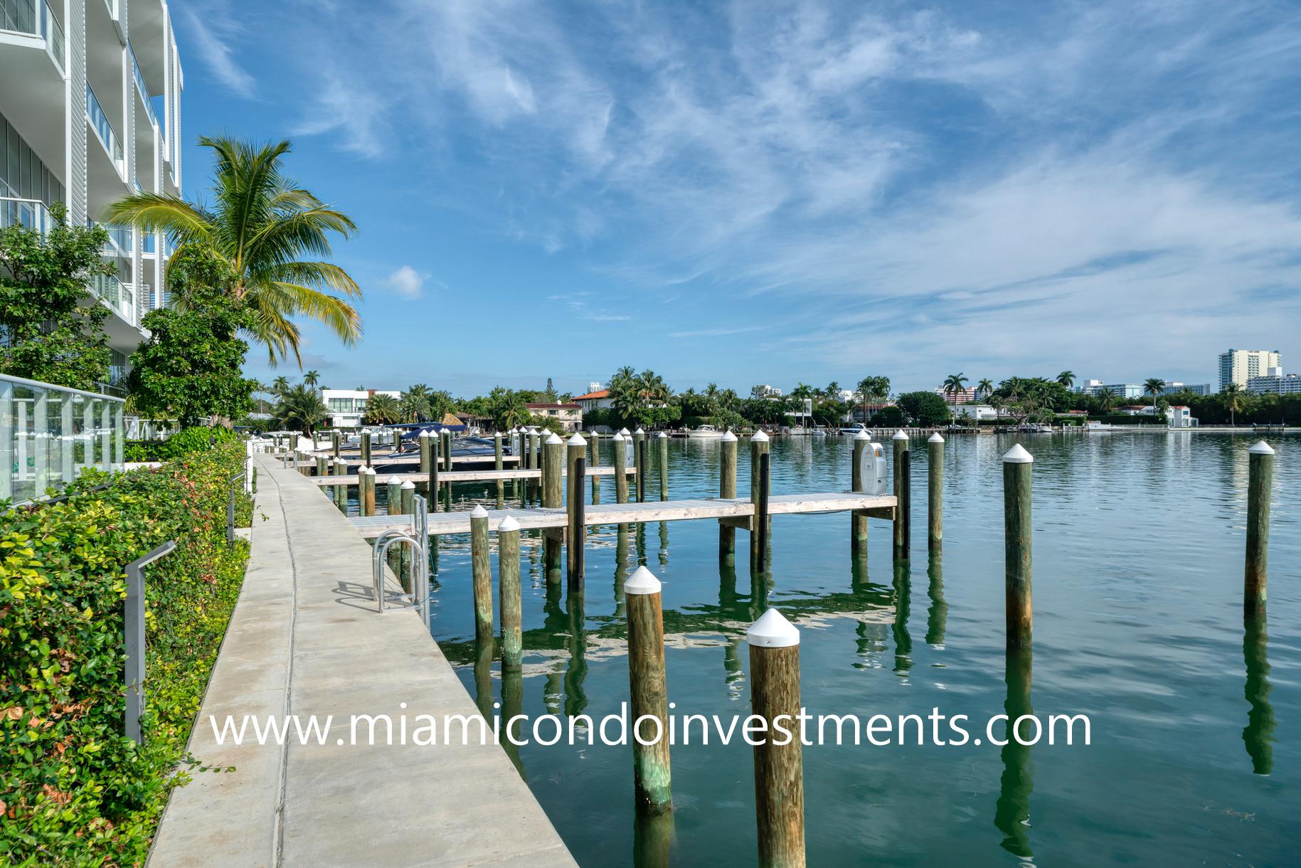 Ritz-Carlton Residences Miami Beach boat slips