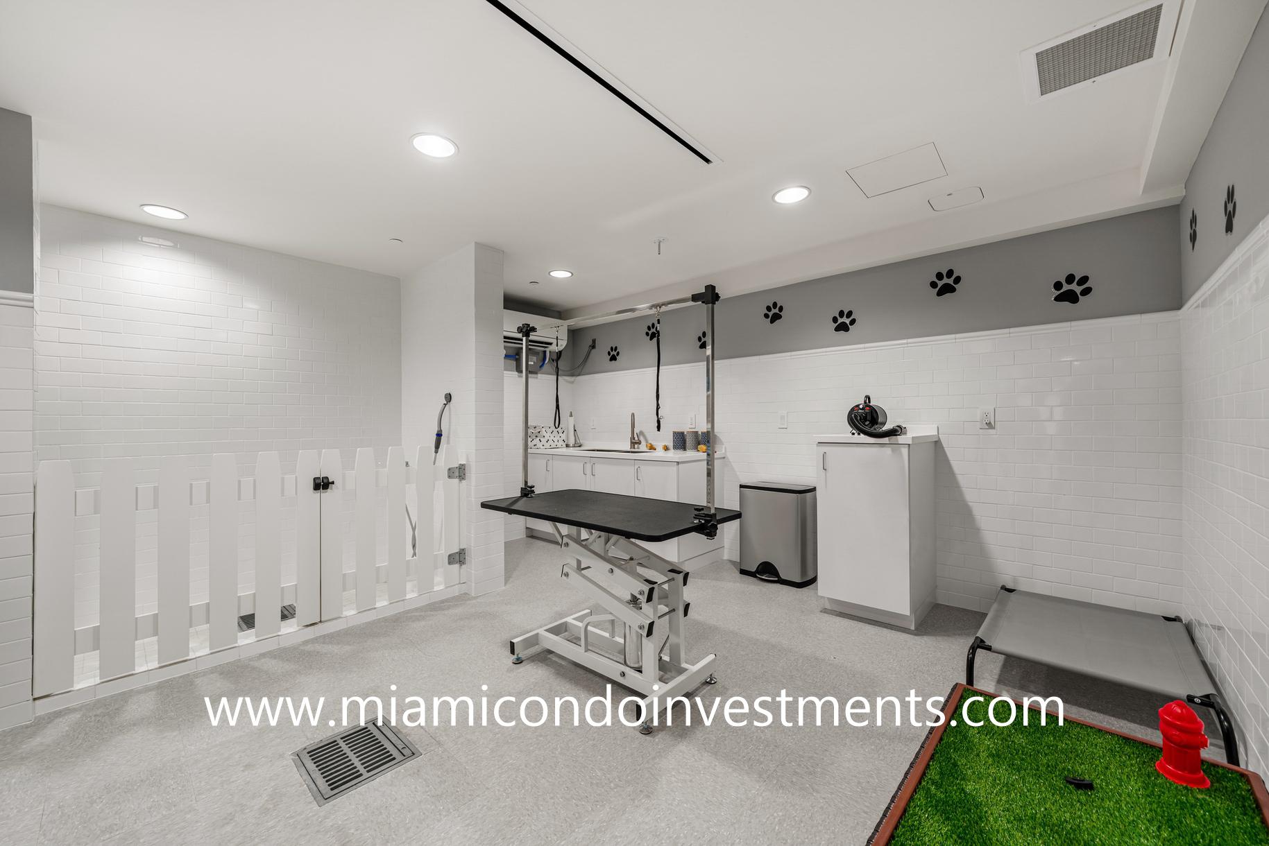 Ritz-Carlton Residences Miami Beach dog spa