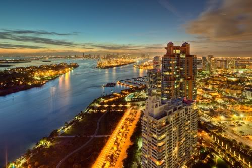 Continuum South Beach City View