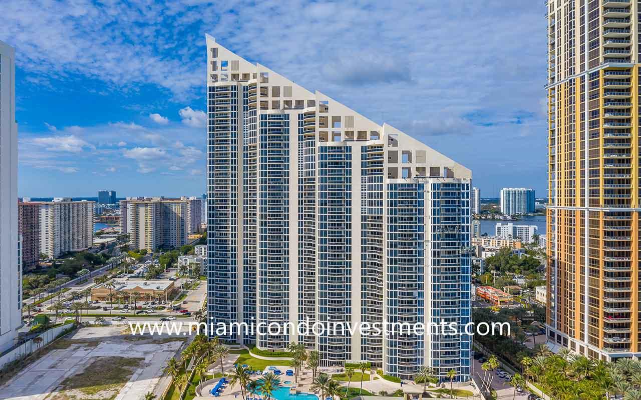 Pinnacle Condominium