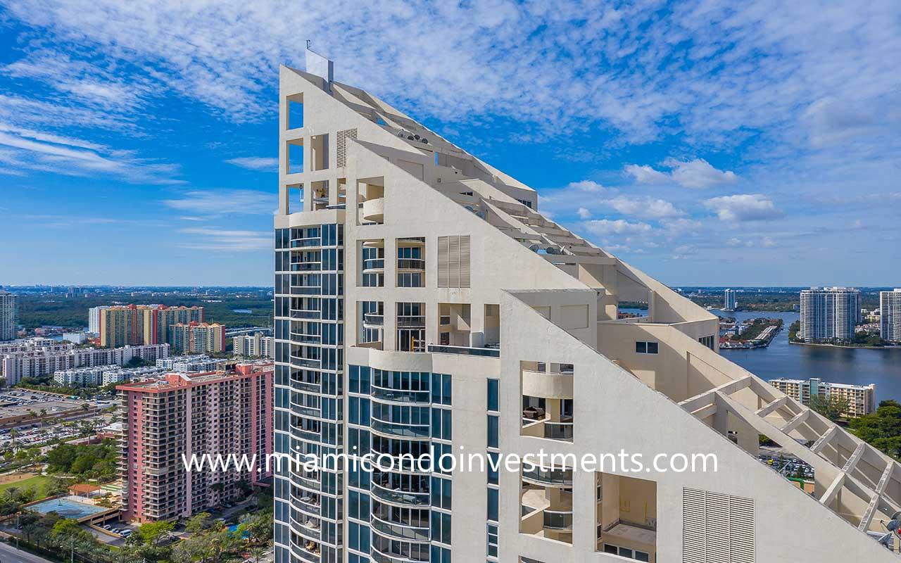 Pinnacle penthouse condos