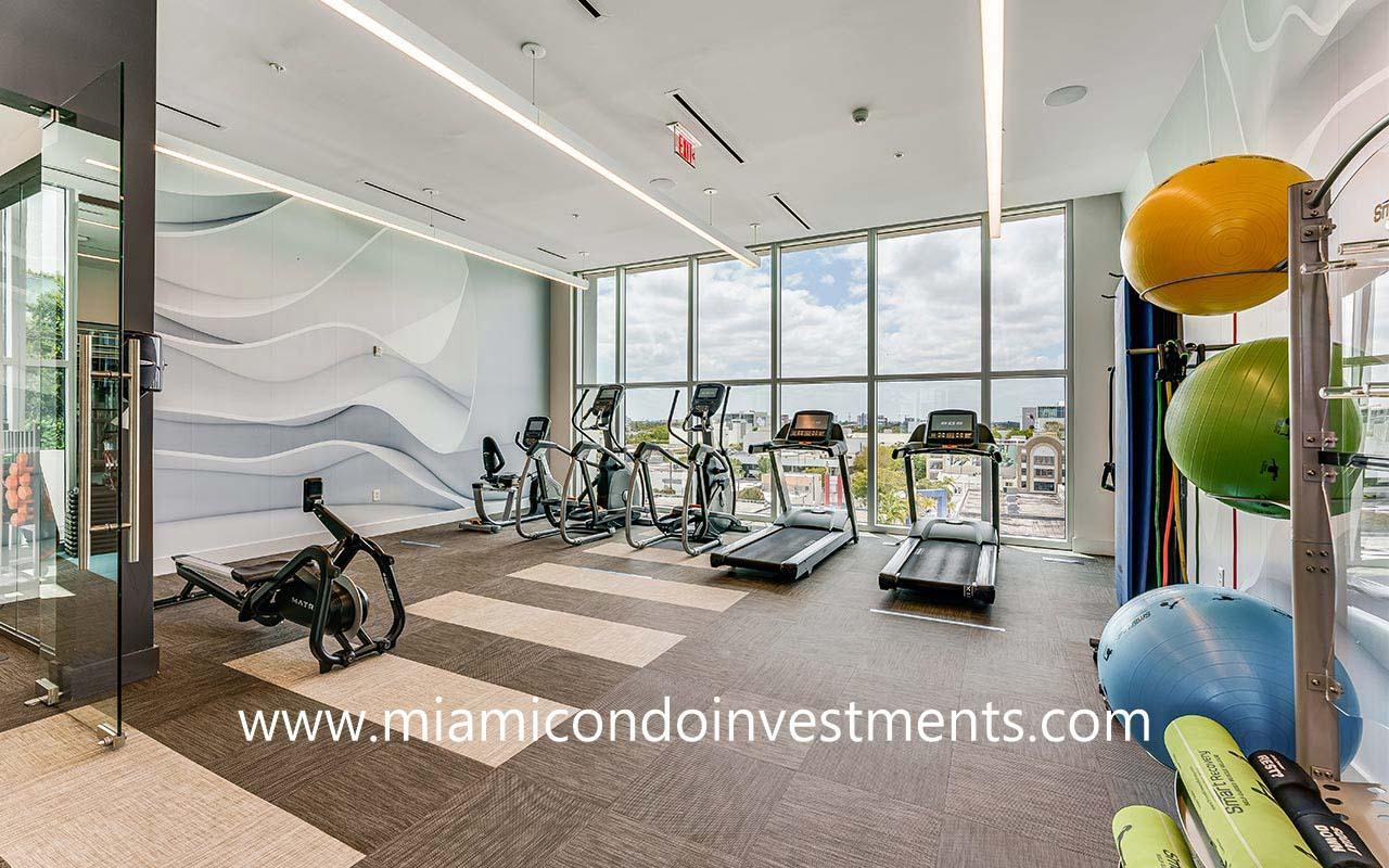 fitness center at Quadro Residences