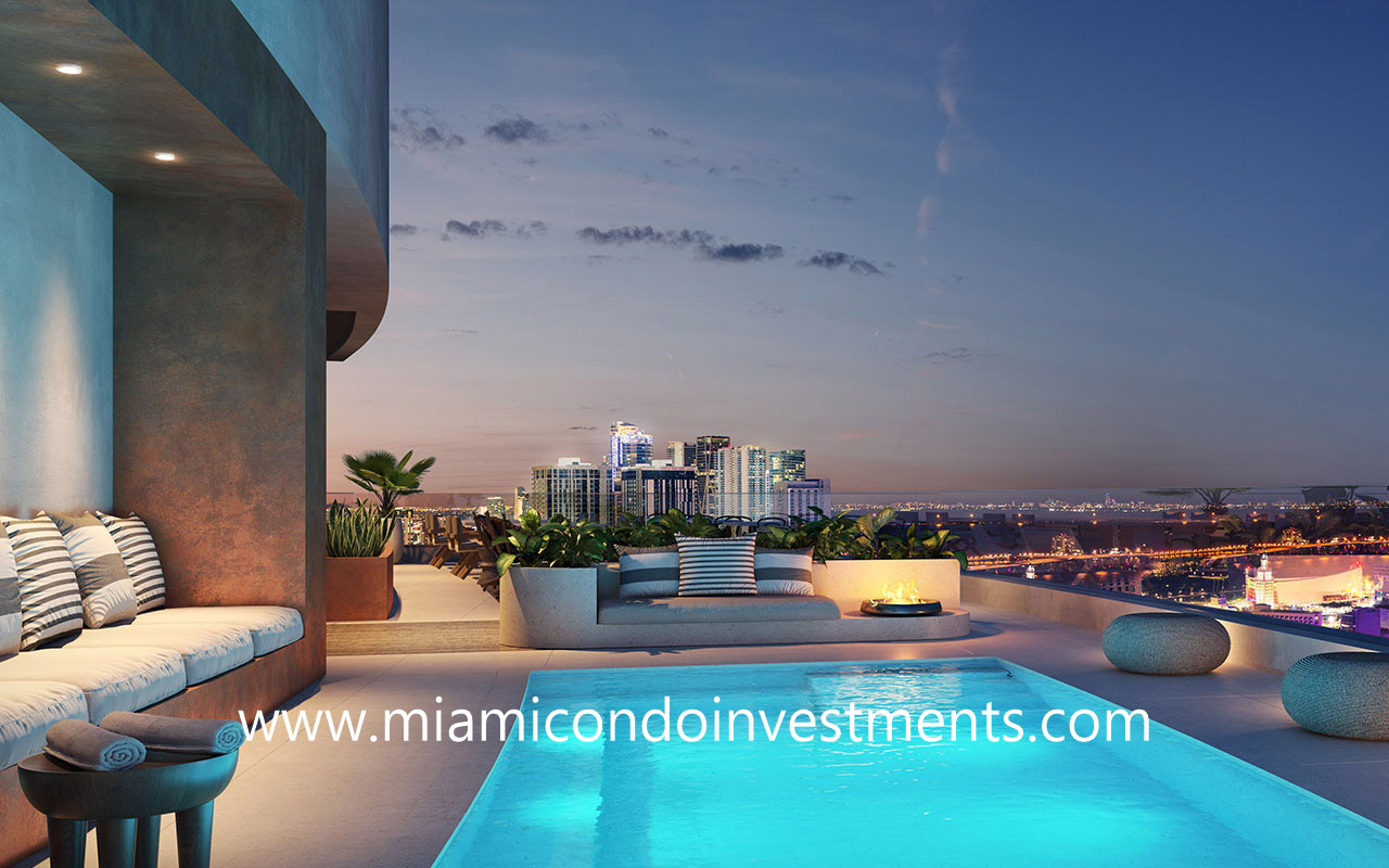 District 225 Rooftop Pool