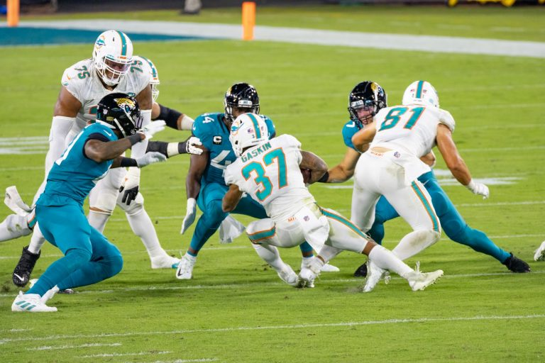 Former Linebacker for the Miami Dolphins Sells Miami Beach Home for $6.25 Million